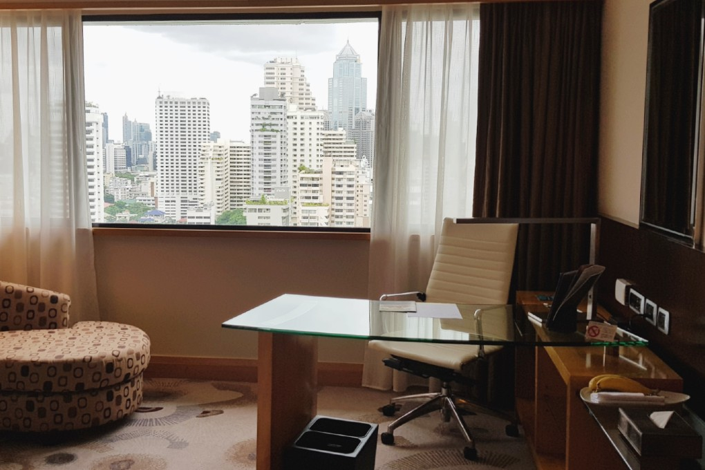 Bureau in de kamer van The Westin Grande Sukhumvit in Bangkok