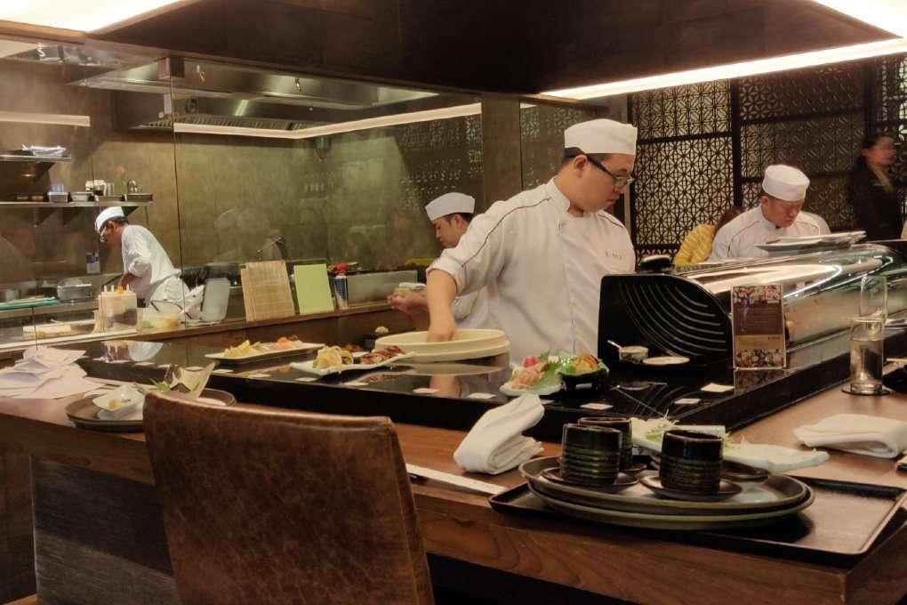 De chefs van Kisso Japanese Restaurant in in The Westin Grande Sukhumvit in Bangkok