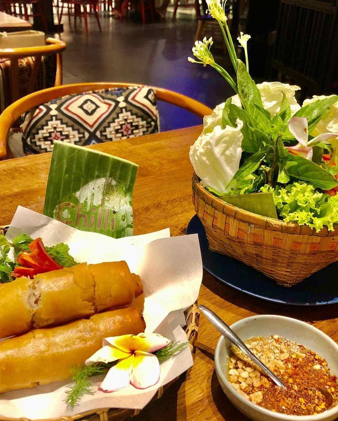 Spring rolls at Chilli Thai in Siam Paragon, Bangkok
