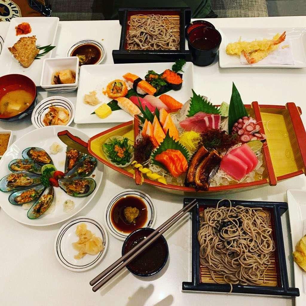 Sushi, sashimi and more delicious dishes at Fuji Japanese Restaurant in Siam Paragon, Bangkok