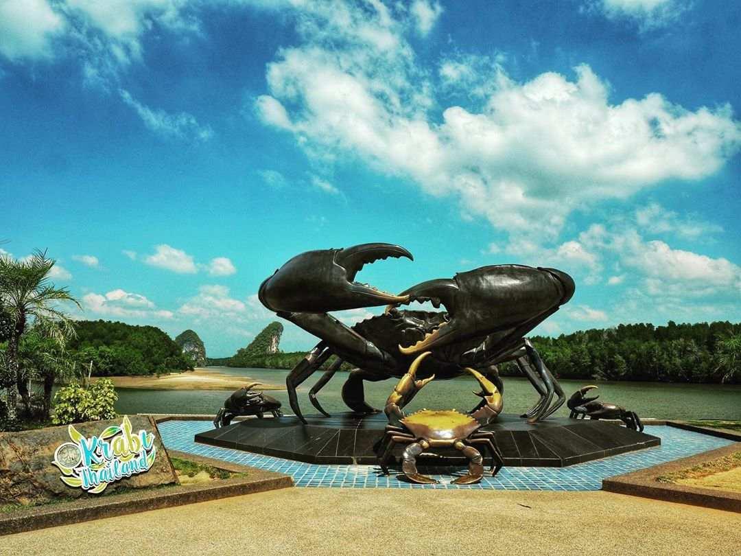 Mud crab monument in Krabi Town