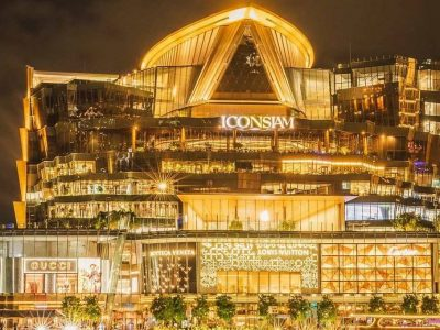 The Mega Shoppig Mall ICONSIAM In Bangkok