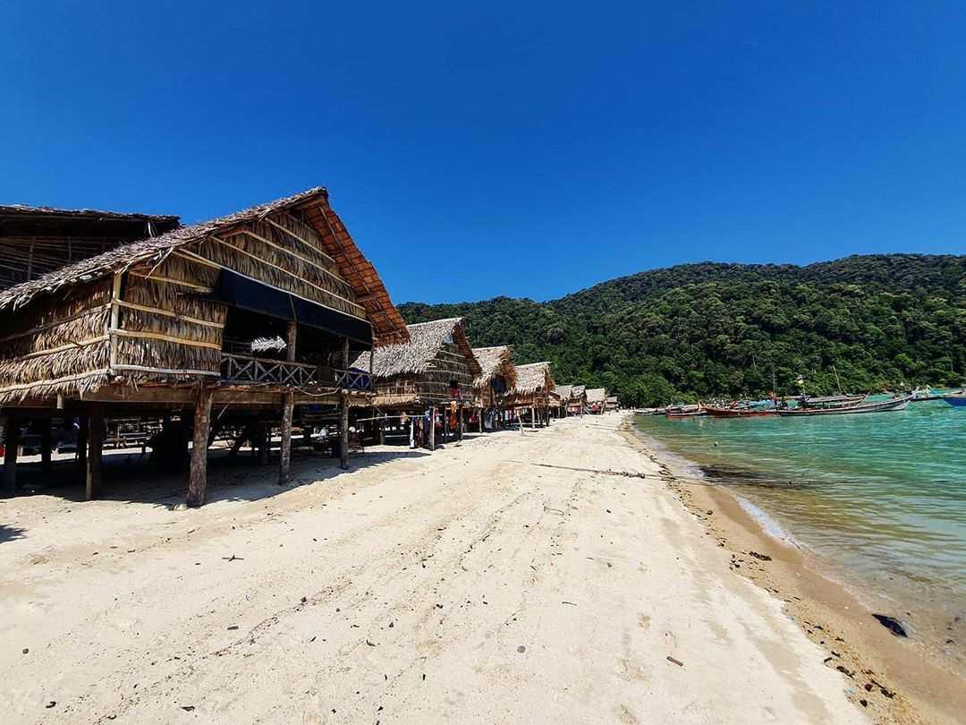 Moken Village op de Surin Eilanden in Thailand