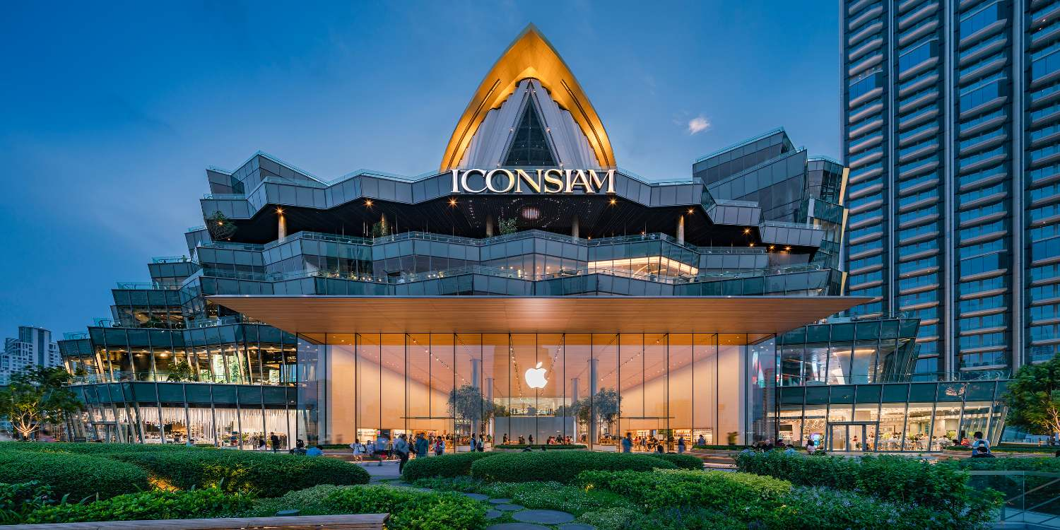 The back of ICONSIAM with the Apple Store input