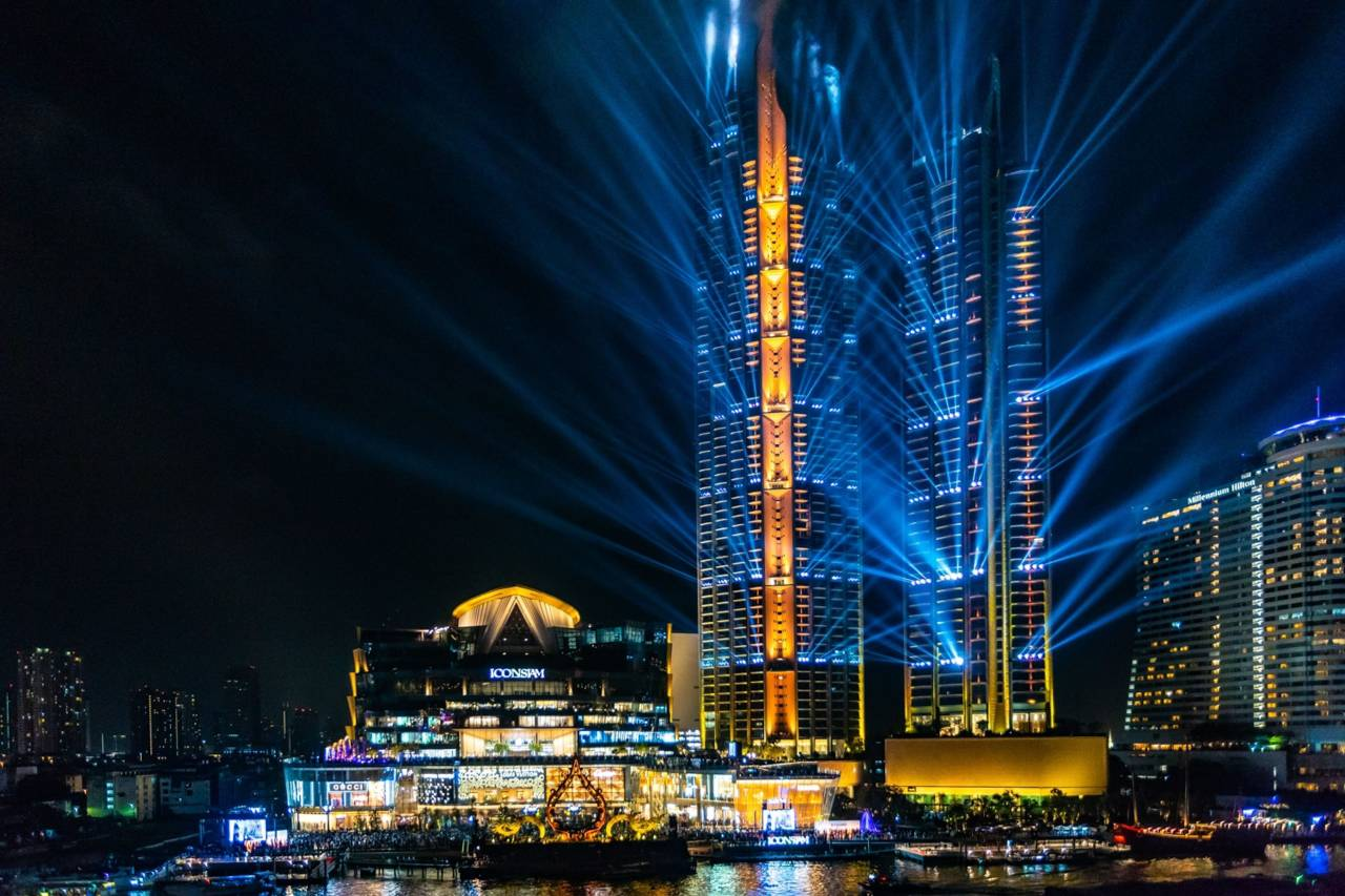 Light show on the ICONSIAM site in Bangkok