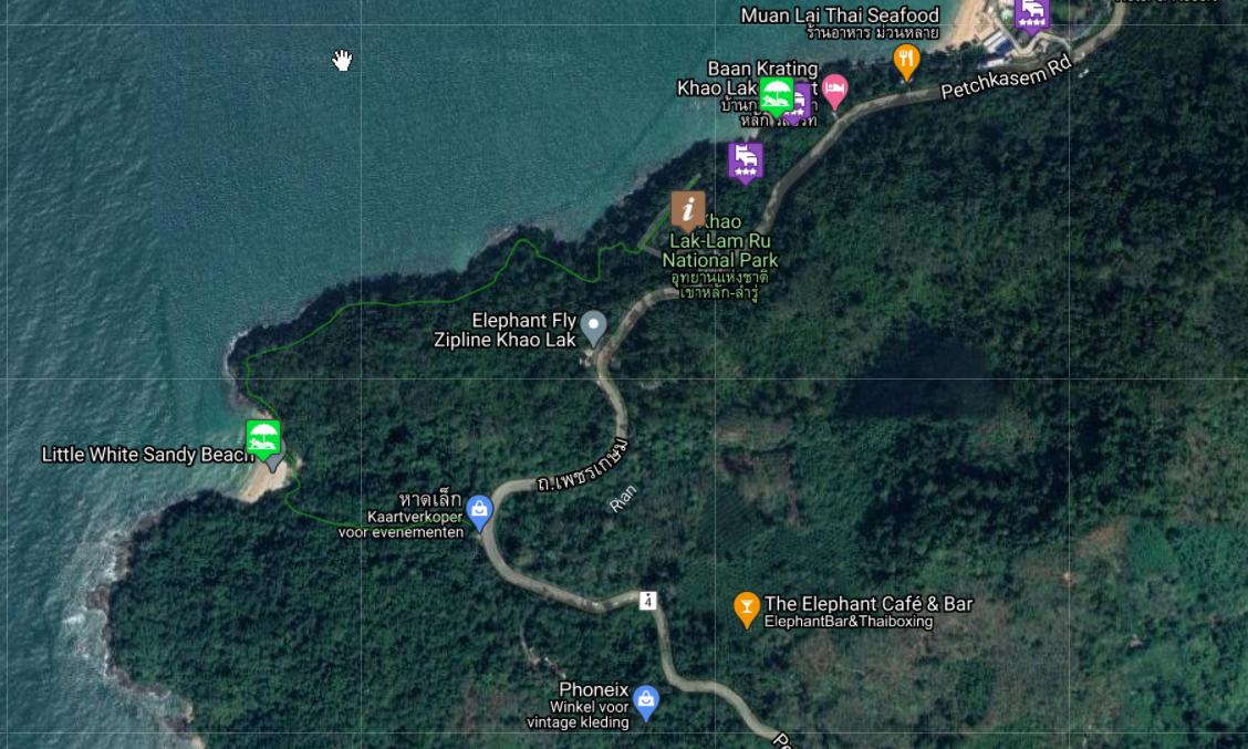 Kaart van wandelroute naar White Sandy Beach in het Khao Lak Lam Ru National Park