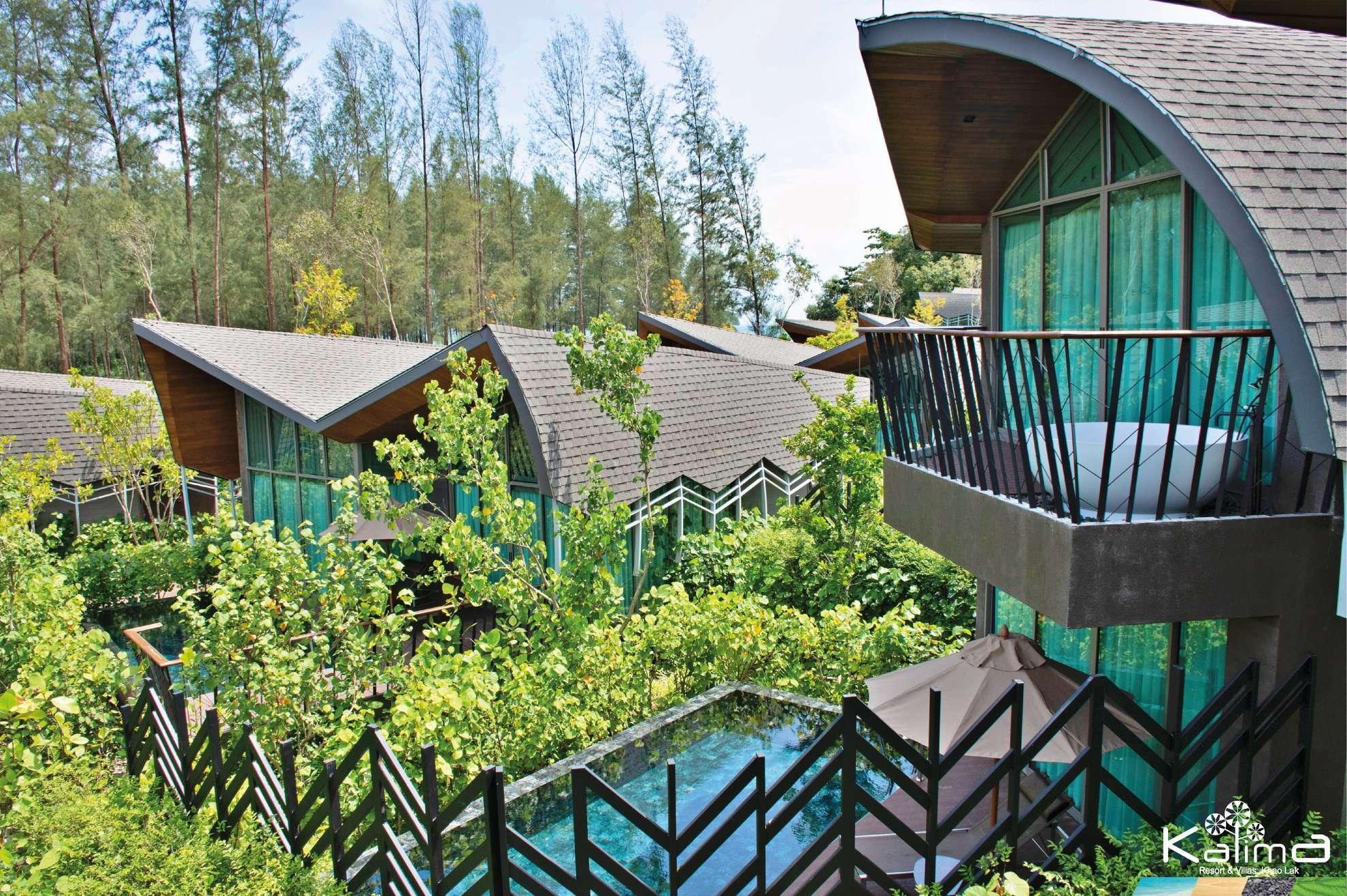 Villa's van 2 verdiepingen met bad op het balkon en eigen zwembad