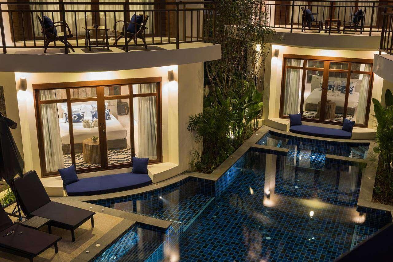 Villa's rondom zwembad