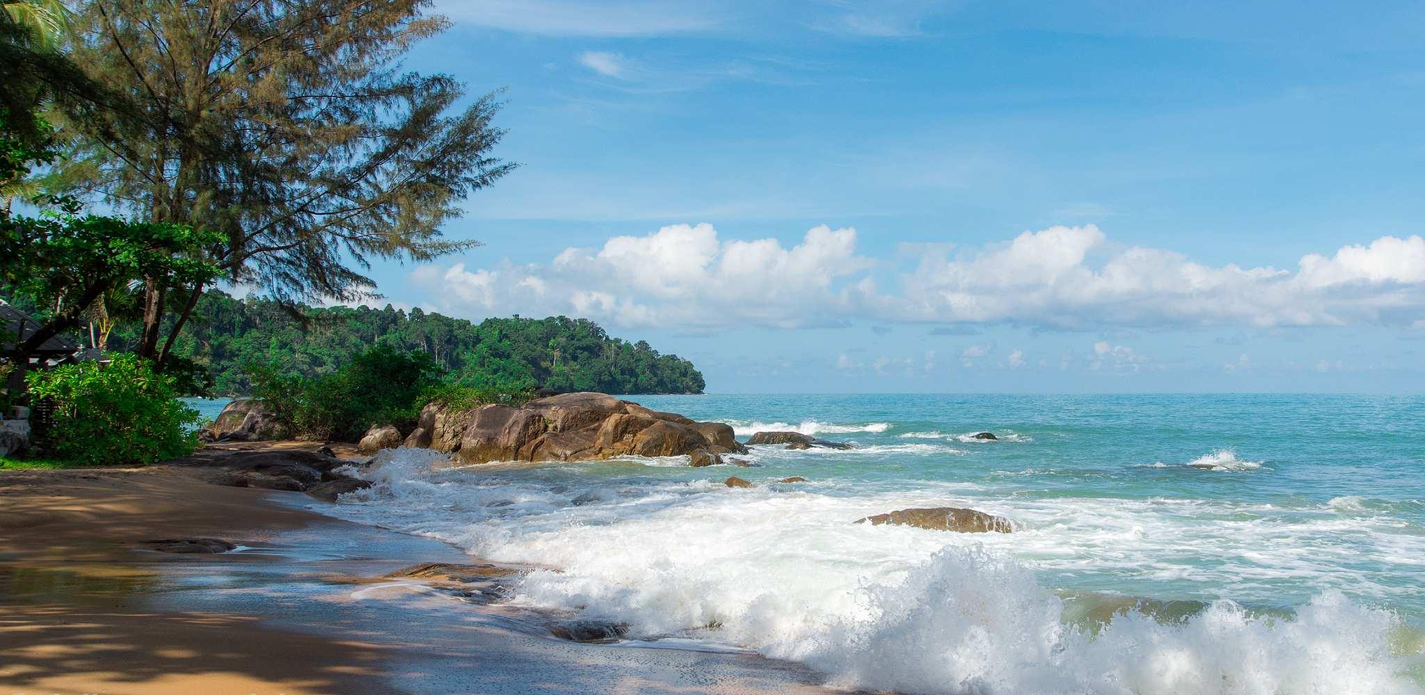 Nang Thong beach golven en strand