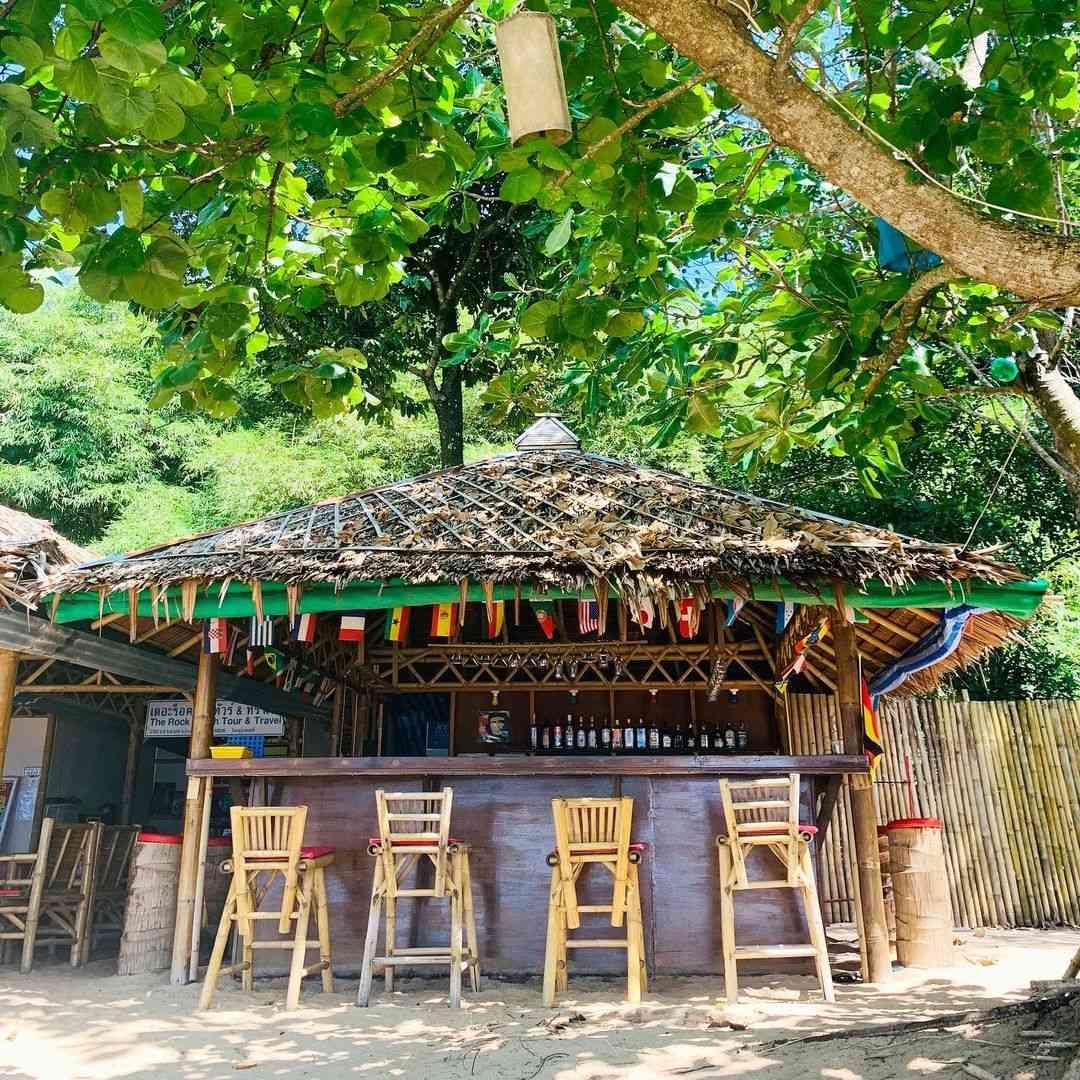 Rock Beach Bar & Restaurant, Poseidon Beach in Khao Lak