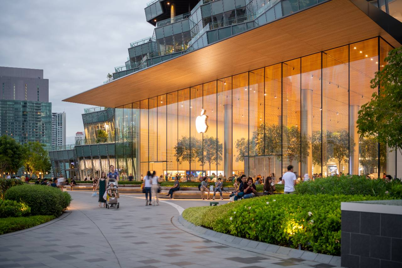ICONSIAM Park with de Apple Store