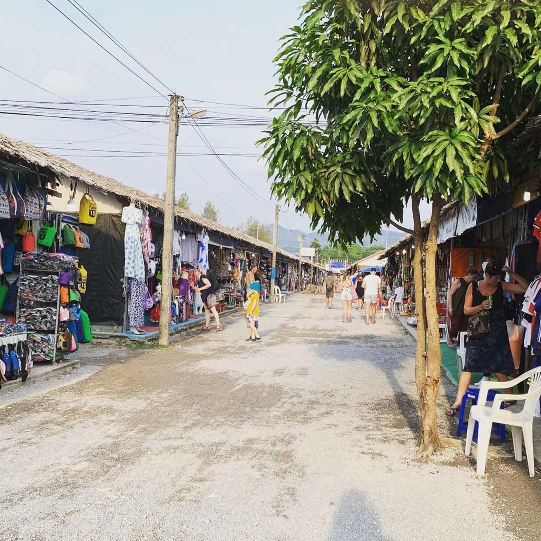 Bang Niang Market in Khao Lak