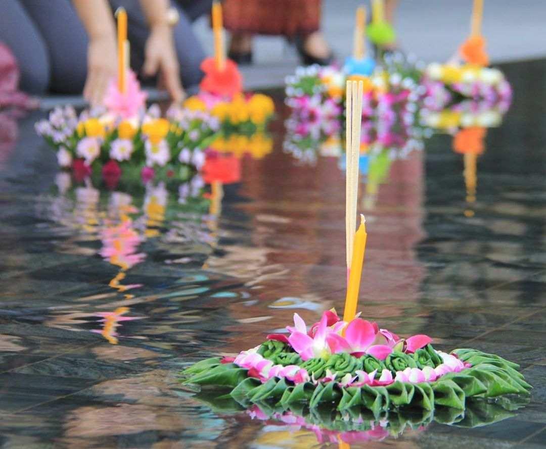 Krathongs in the water during Loy Krathong 2020