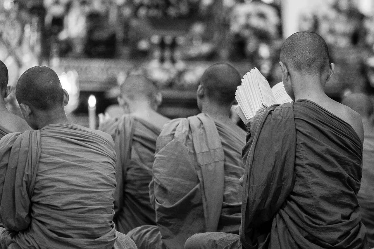 Boeddhistische monniken in een Boeddhistisch klooster