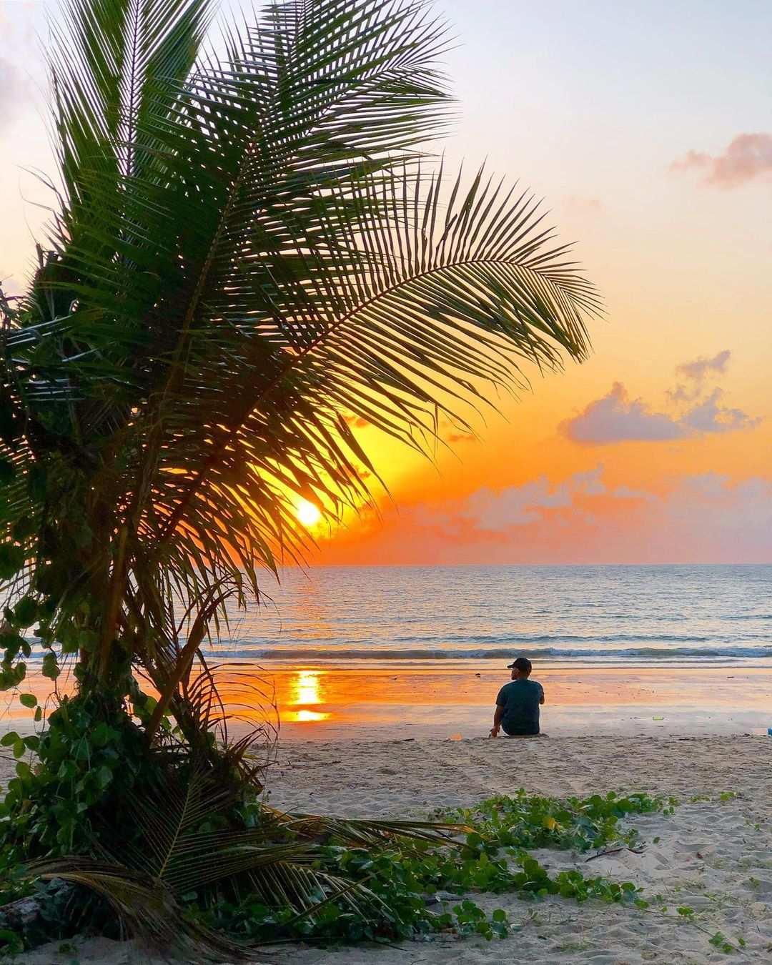 Sunset at Sirinat National Park on Phuket