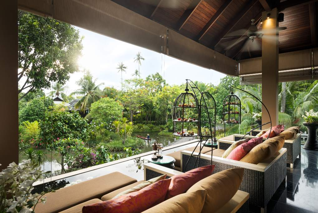 High Tea in The Tree House van Anantara Mai Khao Phuket Villas