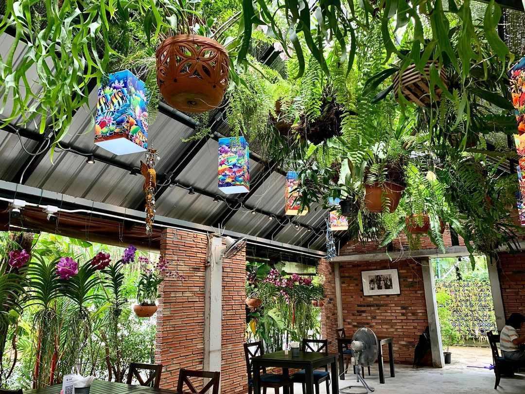 Kin Dee Restaurant in Mai Khao, Phuket