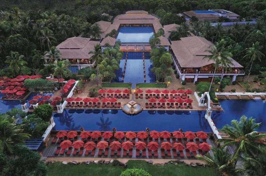 Het JW Marriott Phuket Resort & Spa aan Mai Khao Beach op Phuket