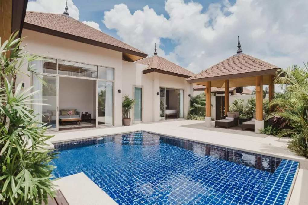 Pool Villa van het Andaman House vlakbij Mai Khao Beach in Phuket
