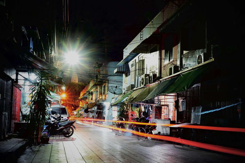 Street in the Somdet Chaphraya area of Bangkok