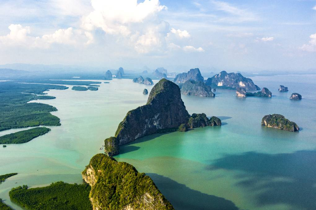 Rocks in the water of Phang Nga seen from above