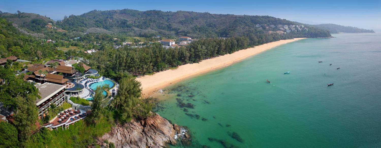 Overzicht van Nai Thon Beach in het noorden van Phuket