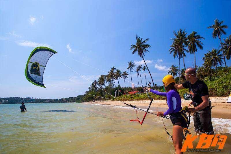 Wakeboarden op Nai Yang Beach, Phuket