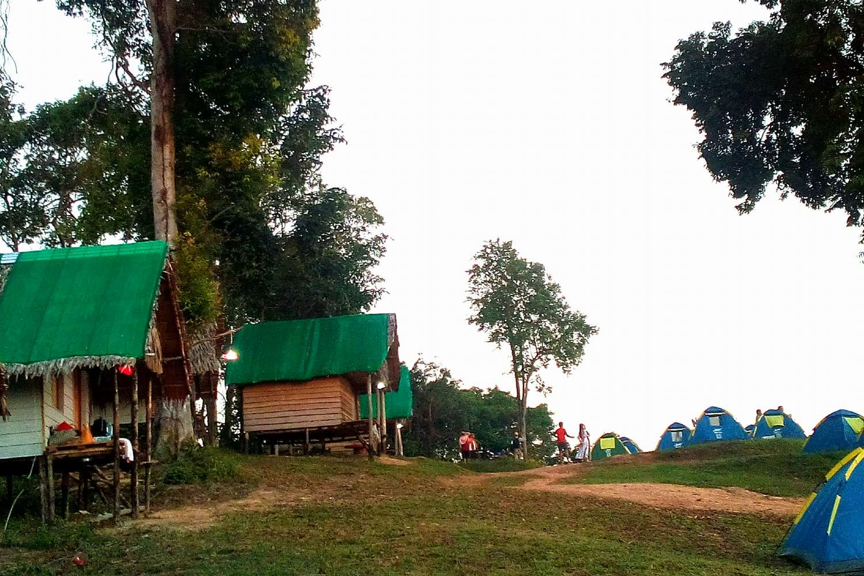 Tents and bungalows at Samet Nagshe Viewpoin in Phang Nga, Thailand