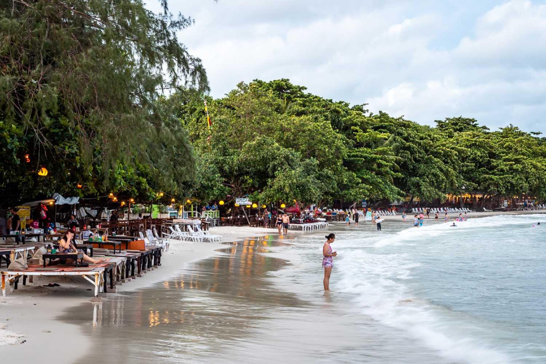 Koh Samet beach with sunbeds