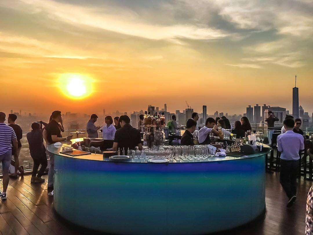 Cocktailbar bij Octave Rooftop Bar & Lounge in Bangkok