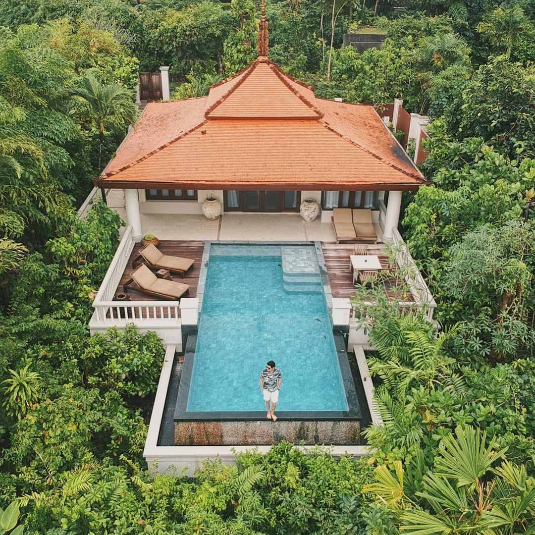 Poolvilla bij het Trisara op Phuket, Thailand