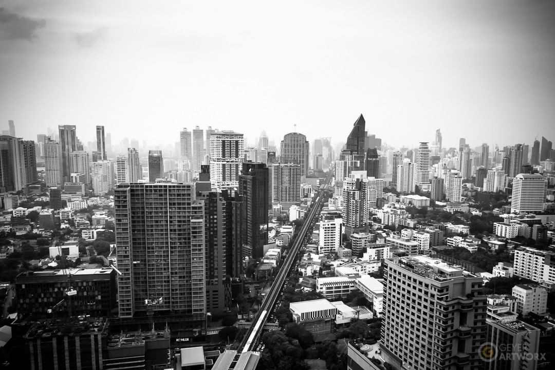 Zwart wit foto vanaf Octave Rooftop Bar & Lounge in Bangkok