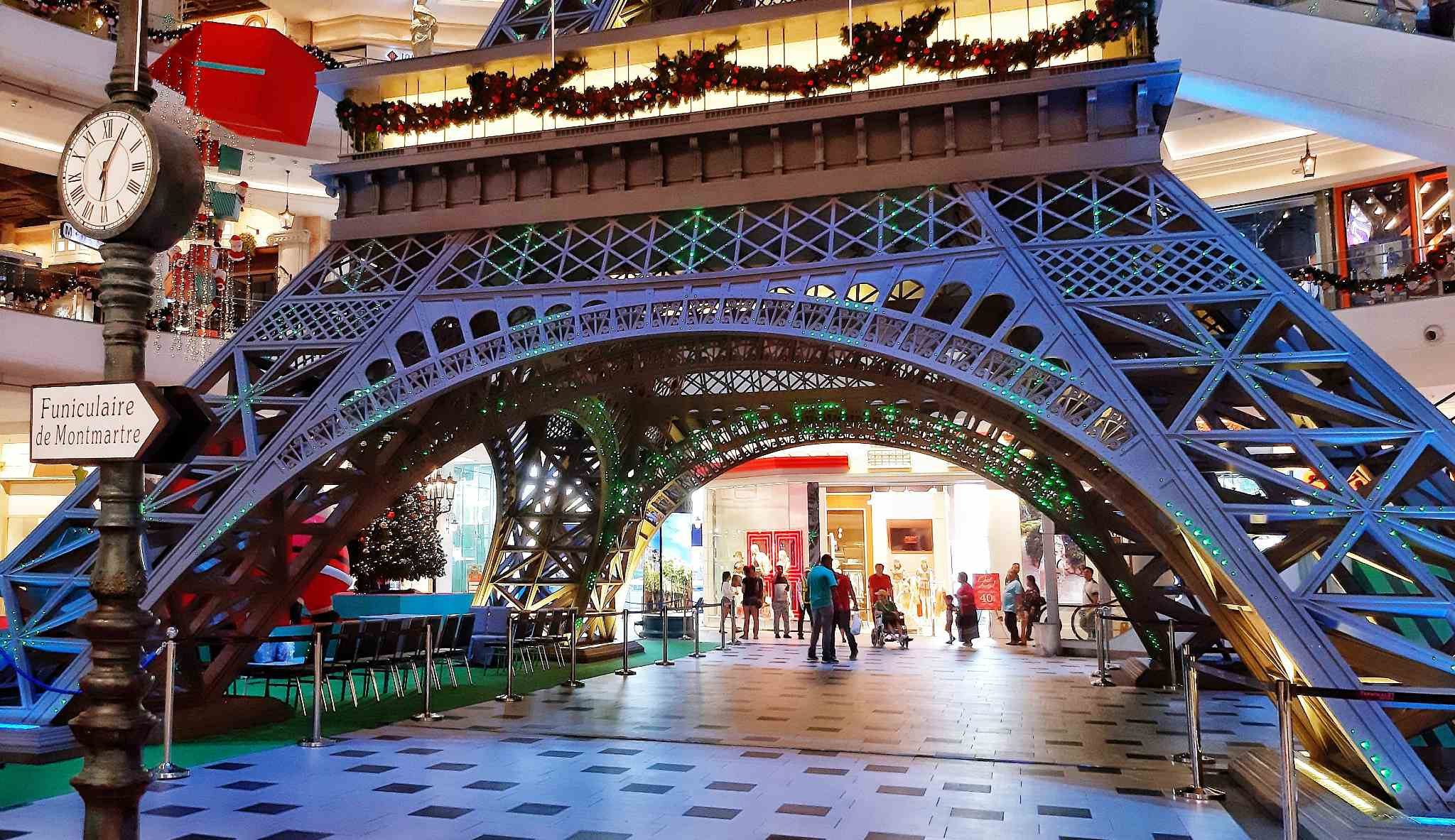 Terminal 21 Pattaya Eifel tower in the mall