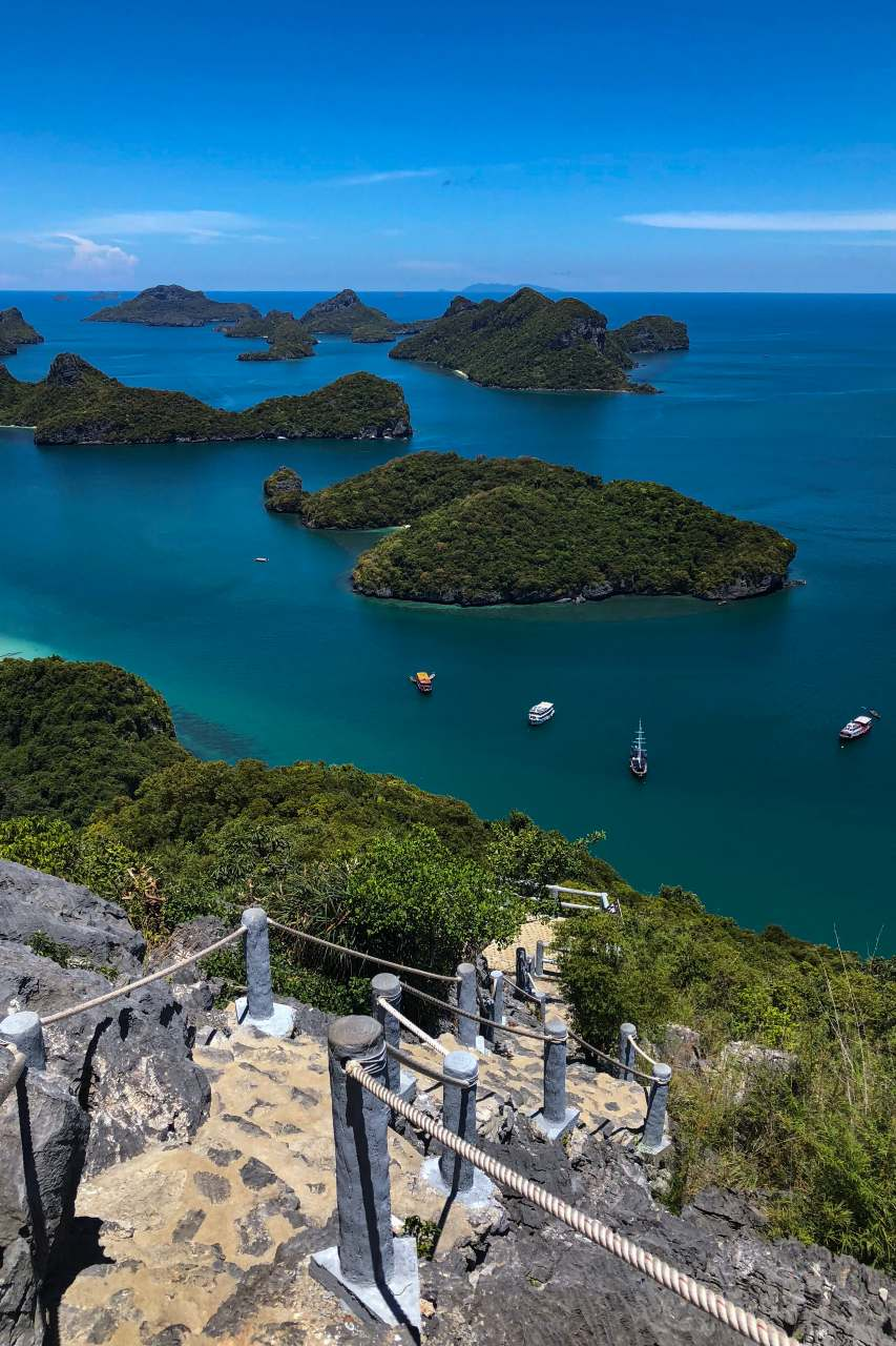 Viewpoint over het Ang Thong Marine Park op Koh Samui in Thailand