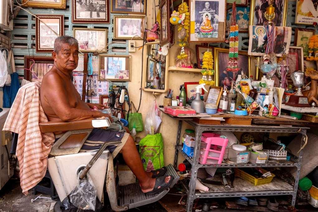 Kapsalon in Bangkok Noi