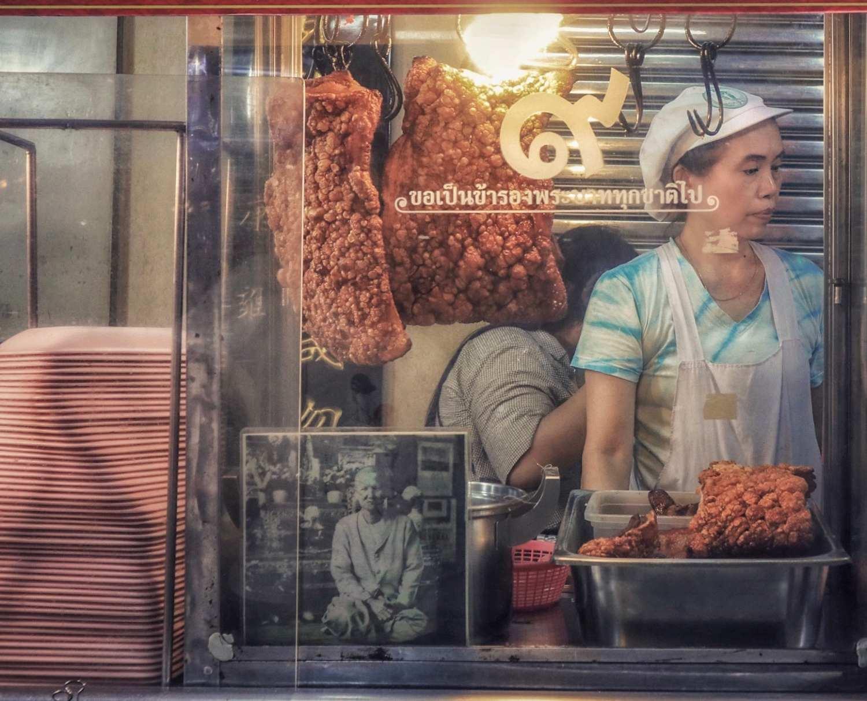 Streetfoodverkoper in Chinatown, Bangkok