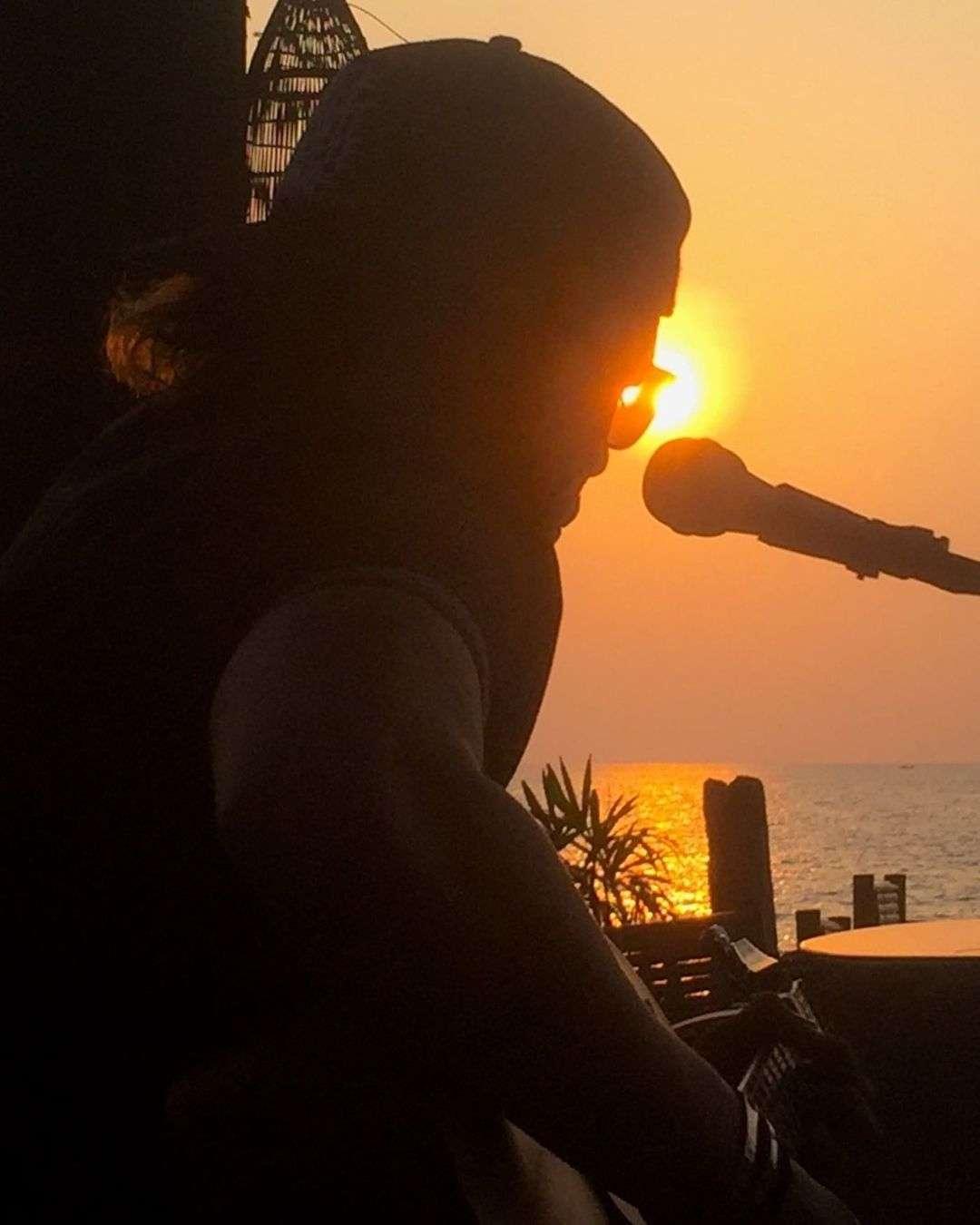 Live music at Beach Pig at Bang Tao Beach on Phuket