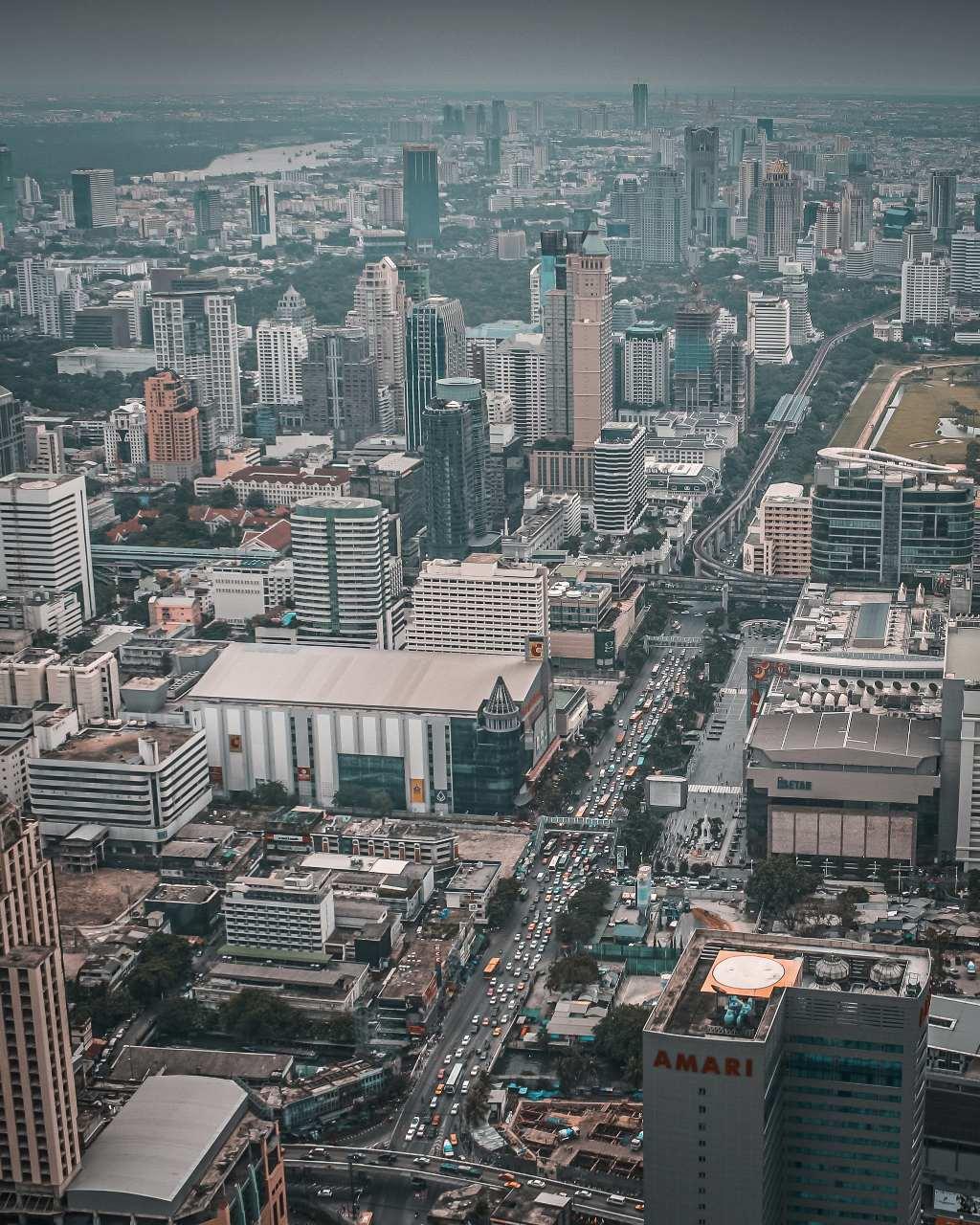 Uitzicht vanaf Bayoke Tower over de Skyline van Bangkok, Thailand