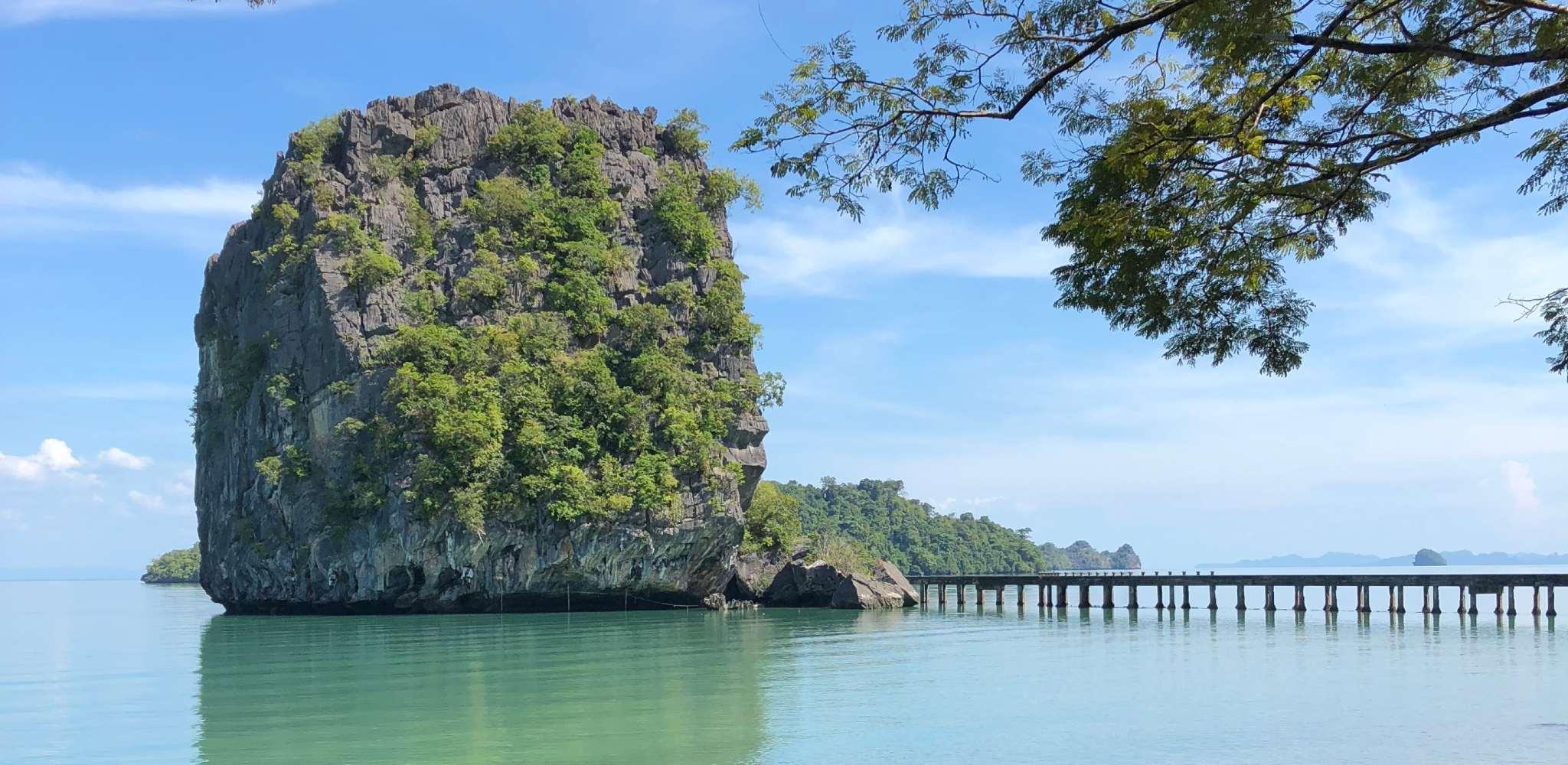 Ao Talo Woo Pier op Koh Tarutao in het zuiden van Thailand