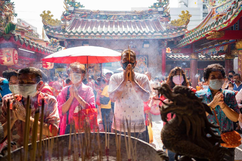 Chinees Nieuwjaar in 2021 in de Poh Teck Tung Pagode, Bangkok