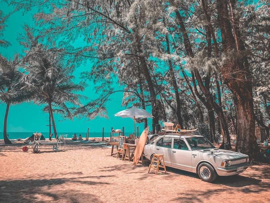 White Bus Speakeasy Bar car at Layan Beach on Phuket