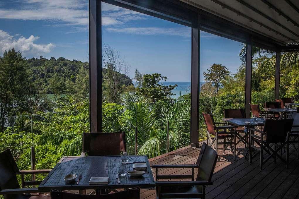 Interieur van Age Restaurant (onderdeel van het Layan Residences by Anantara) op Phuket