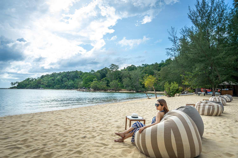 Chillen op het strand van Layan, Phuket