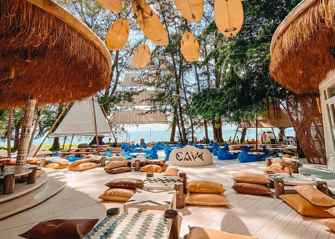 Beach Club with beanbags at Pattaya Beach