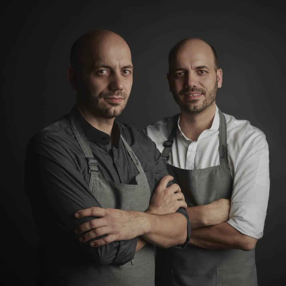 Mathias en Thomas Sühring van het Michelinsterren restaurant Sühring in Bangkok