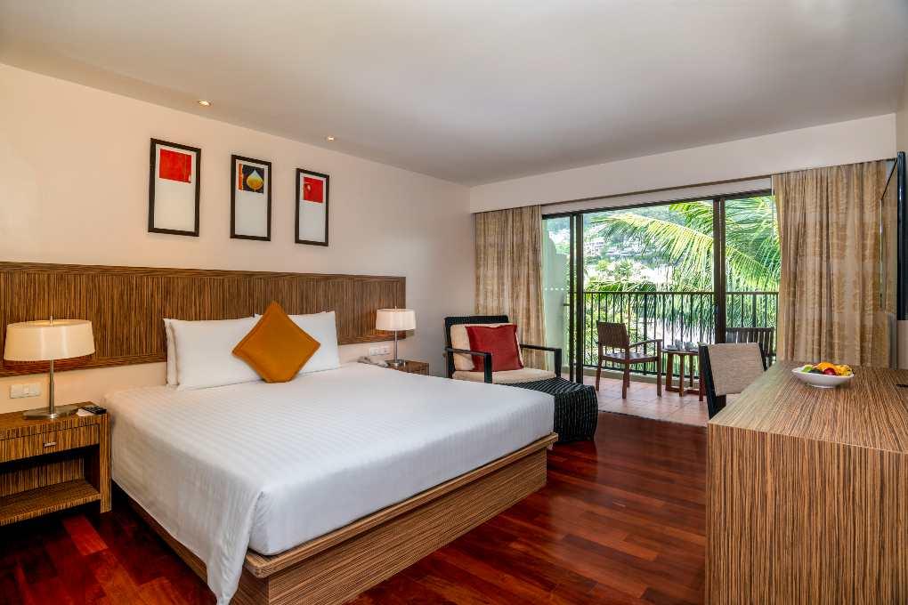 Kamer van het Novotel Phuket Surin Beach Resort