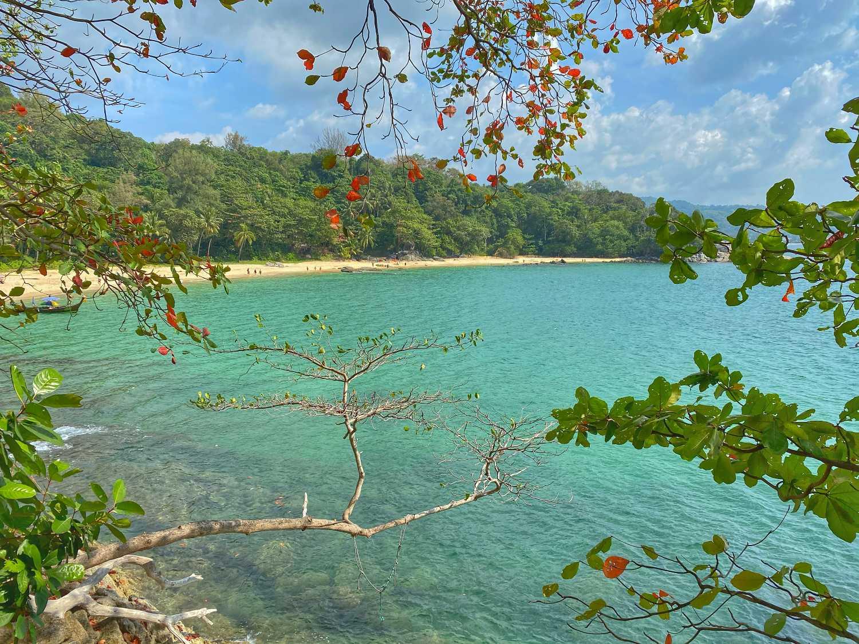 Laem Sing Beach op Phuket