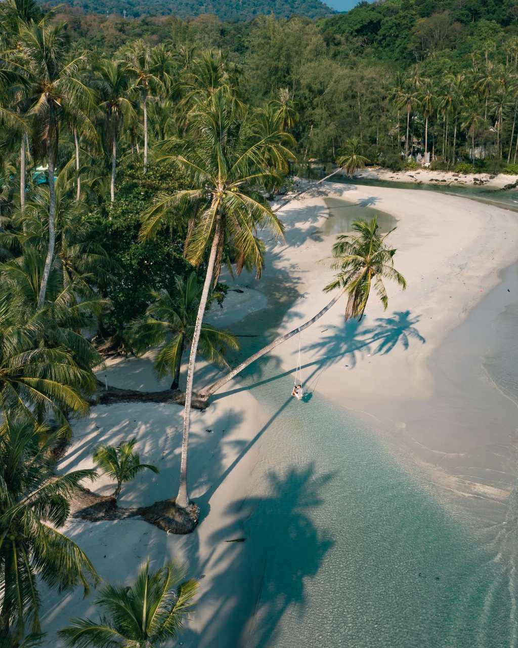 Een strand op Koh Kood in Thailand