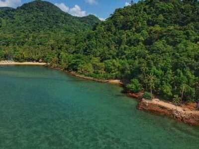 Strand Van Bailen Bay Omzoomd Met Jungle