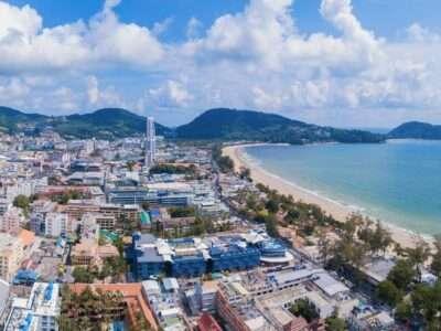 De Stad Patong En Patong Beach Op Phuket